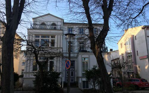 Villa Diana - Wohnung 'Rosenort'