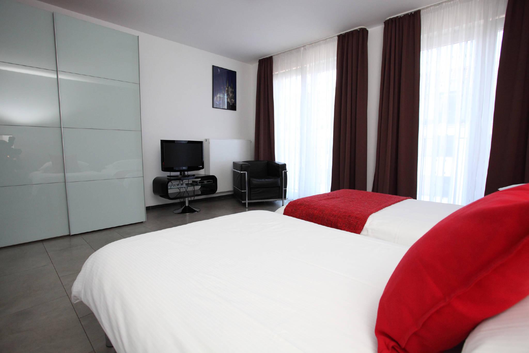 Ferienwohnungen Köln - 2-Zimmer Wohnung in Köln Nordrhein ...