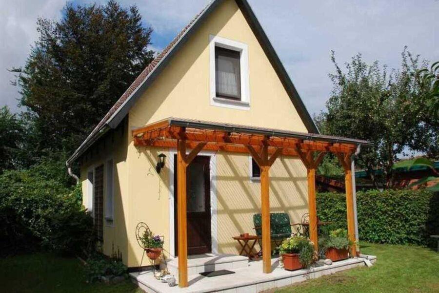 Ferienhaus in Alleinnutzung mit überdachter Terras