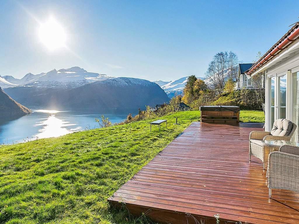 ferienhaus in valldal haus nr 33344 valldal norwegen. Black Bedroom Furniture Sets. Home Design Ideas