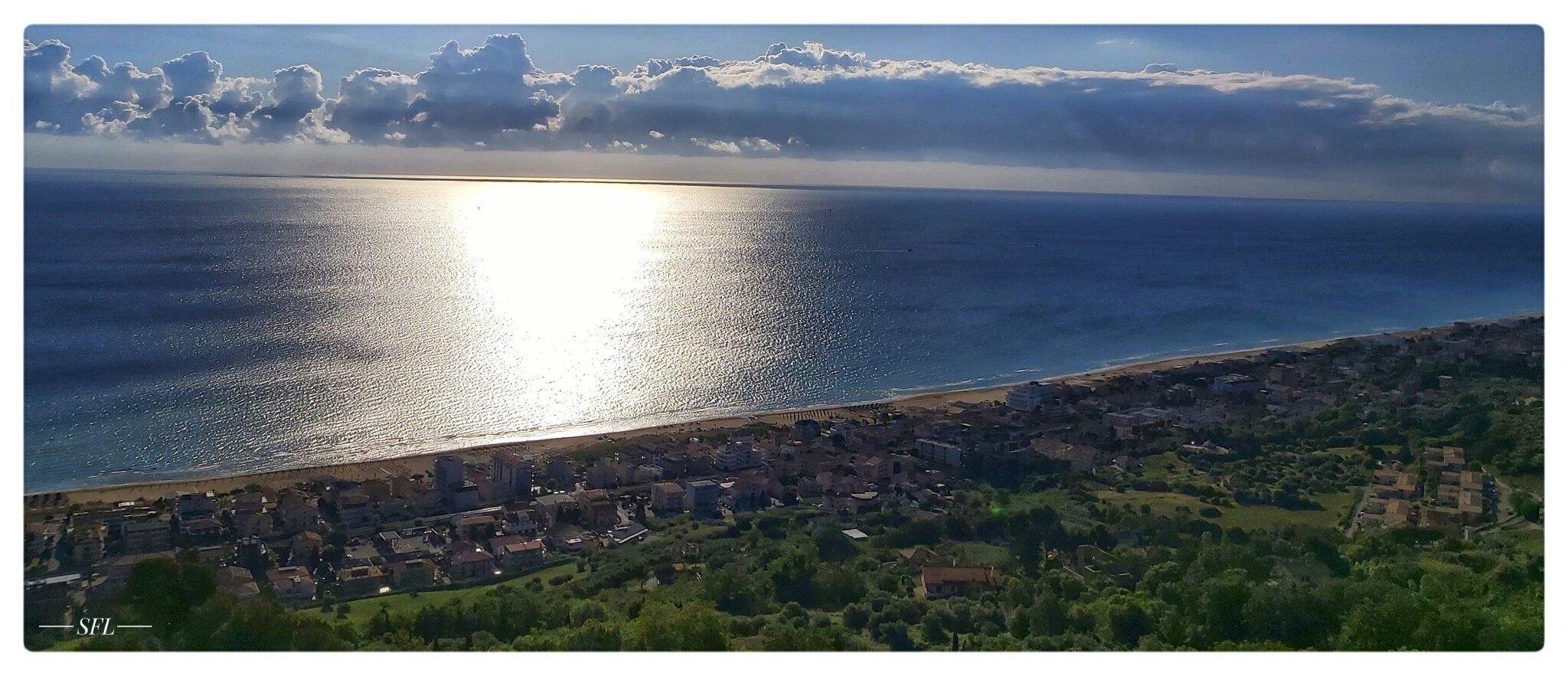 Strand von Silvi