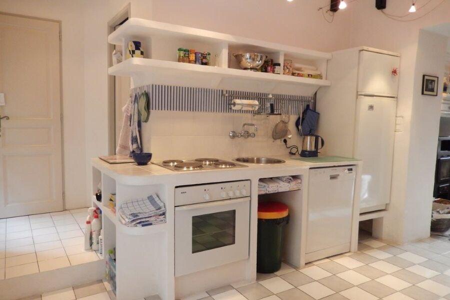Hof hinter Küche im EG, Blick aus 1 OG