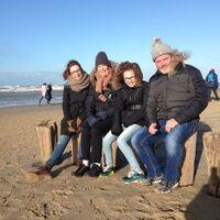 Vermieter: Yvonne, Oma, Tochter Maaike, Jan