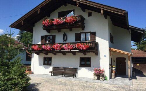 Ferienwohnung Bergzeit - Zollner Priska, Breitenstein