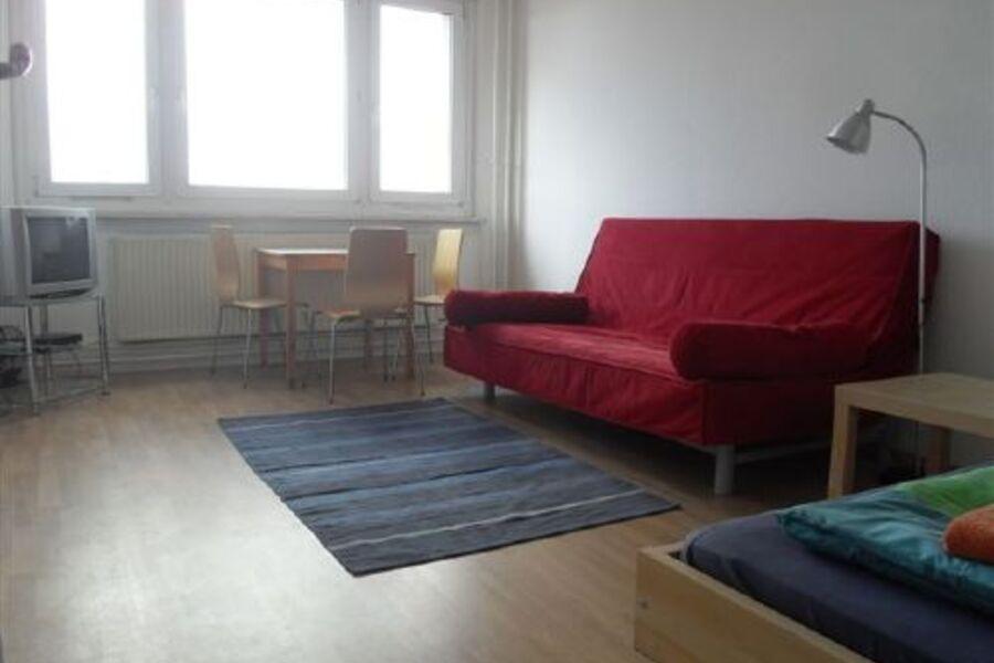Zimmer mit Einzelbett und Schlafsofa