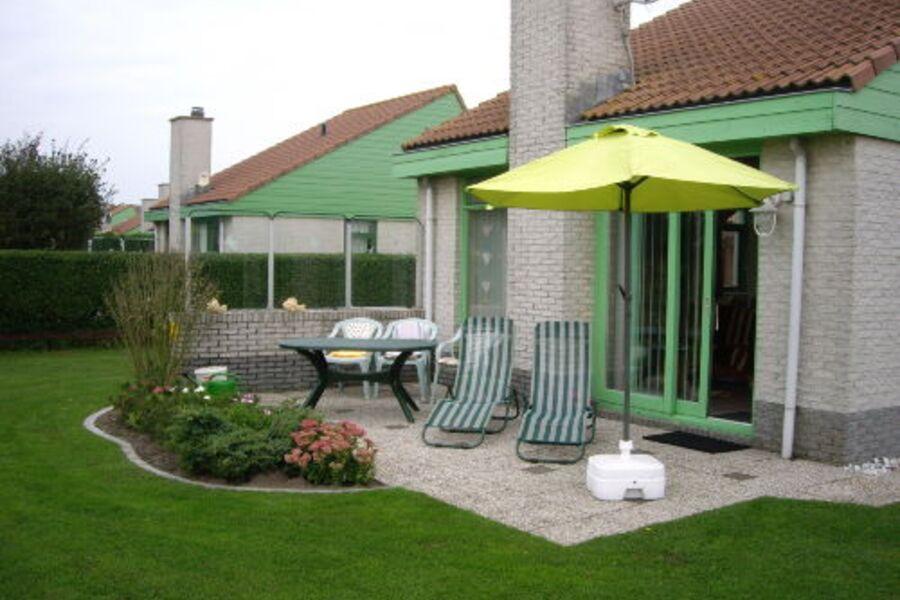 Ferienhaus mit Garten und Terrasse