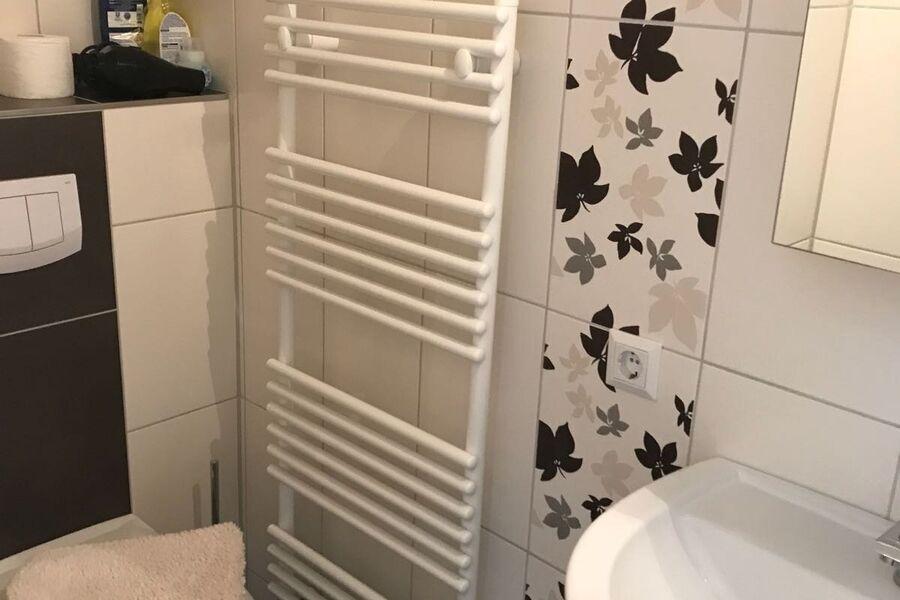 Nagelneues Duschbad