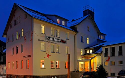 Sporthotel Steinach, Ferienwohnung Schneeballschlacht