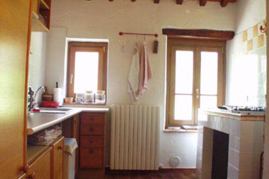 Die geräumige + helle Wohnküche