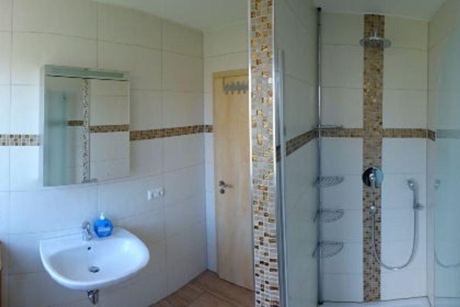 Vogelhäusle OG - Bad mit Dusche