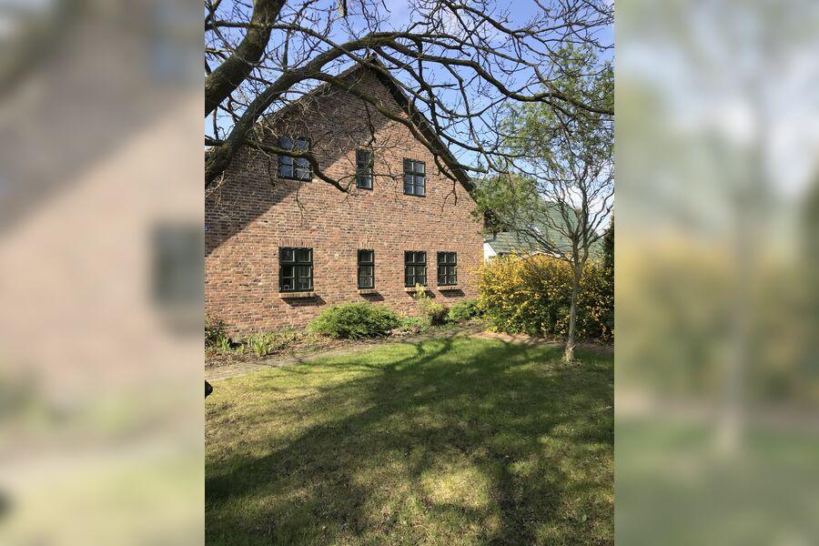 Landhaus Karlshagen mit Garten und Grill