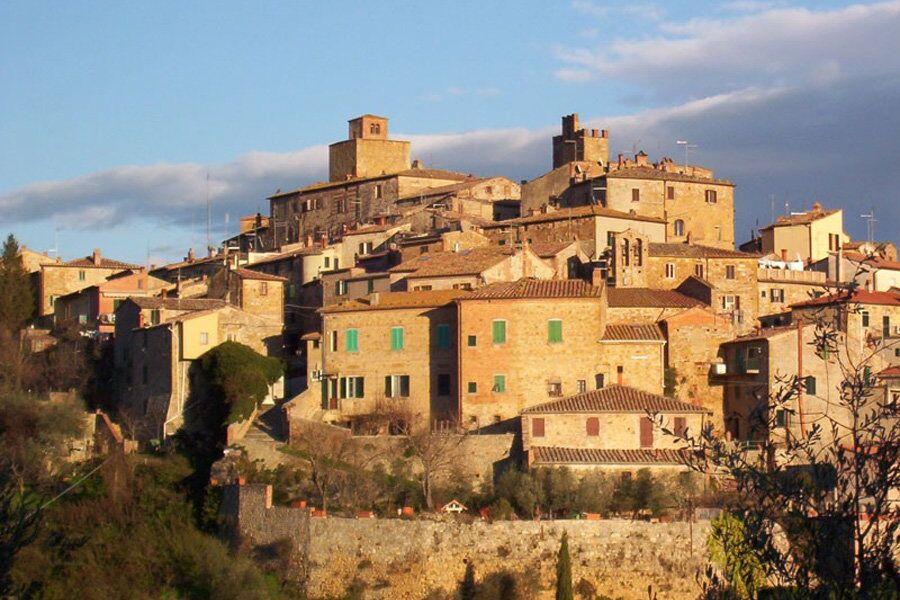 Casa Paulina oberhalb der Stadtmauer