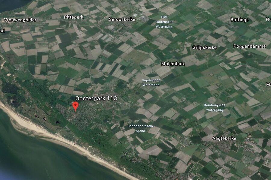 Grosse, umzäunte, private Garten: Sonnen
