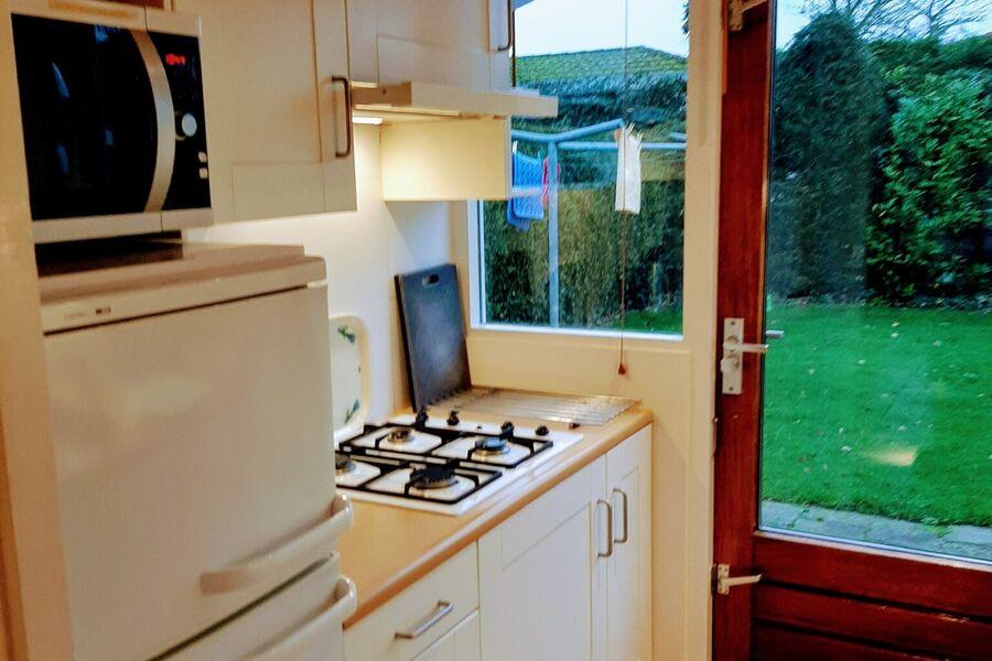 EinbauKüche mit ua Waschmaschine usw