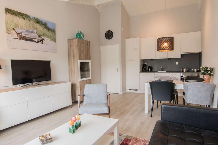 Modernes Wohnraum mit neue Möbel!