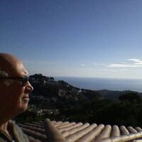 Vermieter: Selbstportrait auf der Dachterrasse