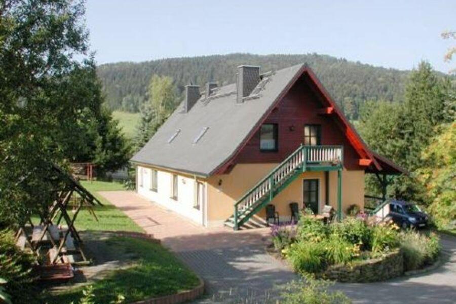 Ferienhaus mit 3 Ferienwohnungen