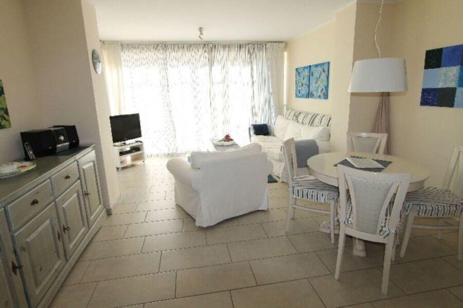 Villa Rosita Wohnung 1, nur 250 m von der Ostsee e