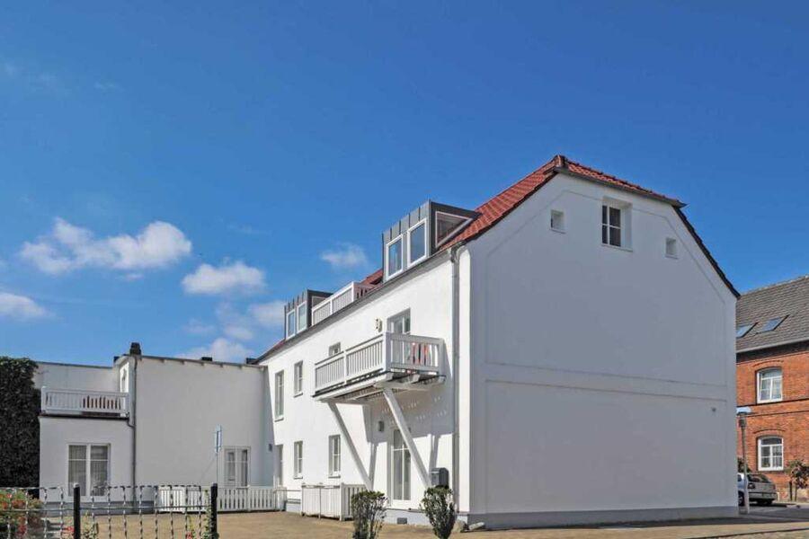 Haus Louise *** mit Balkon und Terrasse, Parkplatz