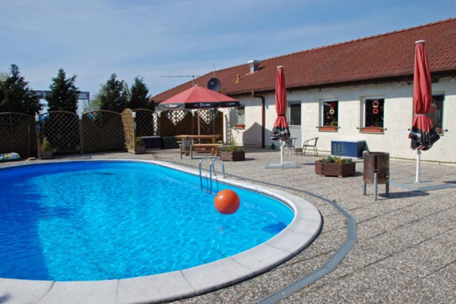 Ferienappartements mit Schwimmbad, 15  1-Raum-Feri