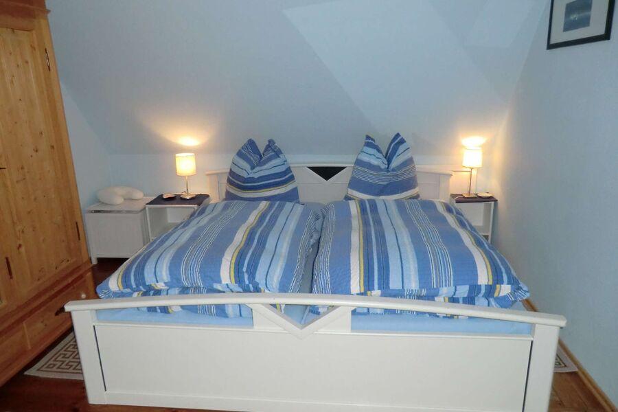 Schlafzimmer rechts OG