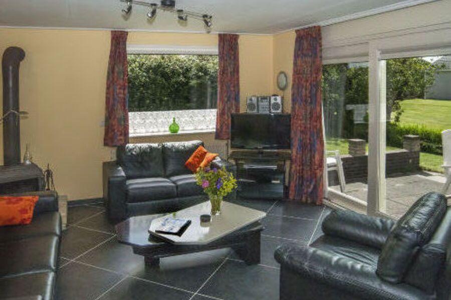 Wohnzim FeHs Texel - zur Terrasse/Garten
