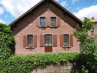 Ferienhaus Weideweg - Appartements, Doppelzimmer mit großem Doppelbett Pfarrgartenblick in Schollbrunn - kleines Detailbild