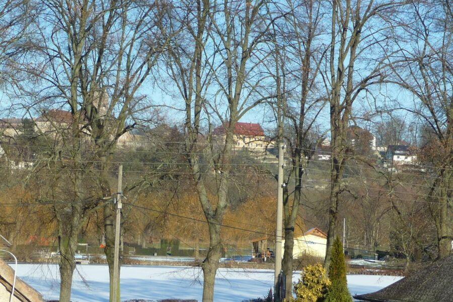 Blick aus der Ferienwohnung Richtung Burg und Schl