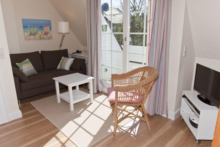 Sitzecke im Wohnraum mit Ausziehcouch