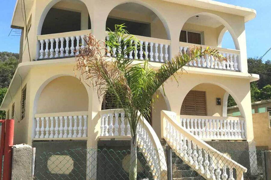 Villa Ruiz, Dreierzimmer