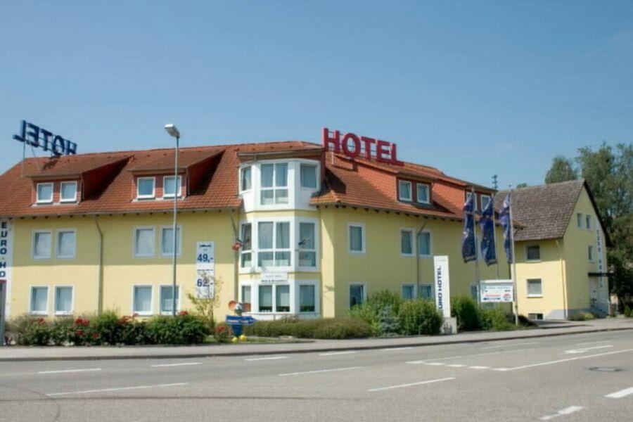 Euro Hotel, Dreibettzimmer mit WC und Dusche