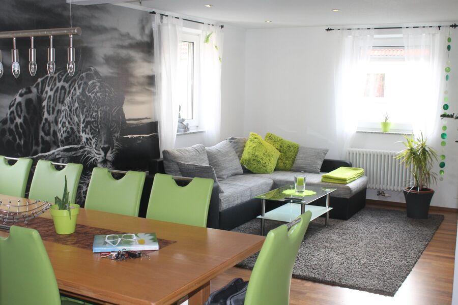 Grosse Wohnung - Wohn-Essbereich