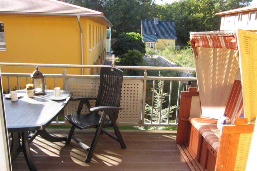 Balkon mit Strandkorb im 1.OG