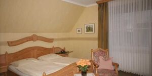 Hotel Restaurant 'Stiftschänke Schwermann', Familienzimmer 1 in Tecklenburg - kleines Detailbild