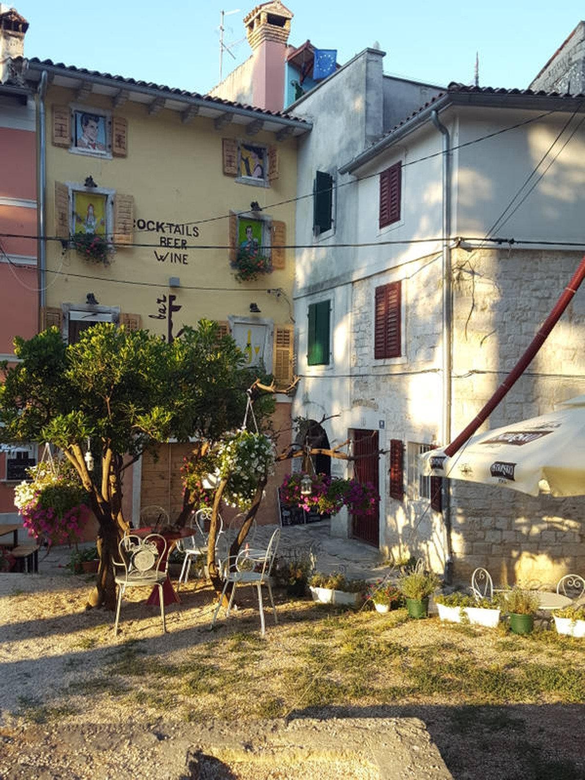 Badeplatz und Schnellboot nach Venedig