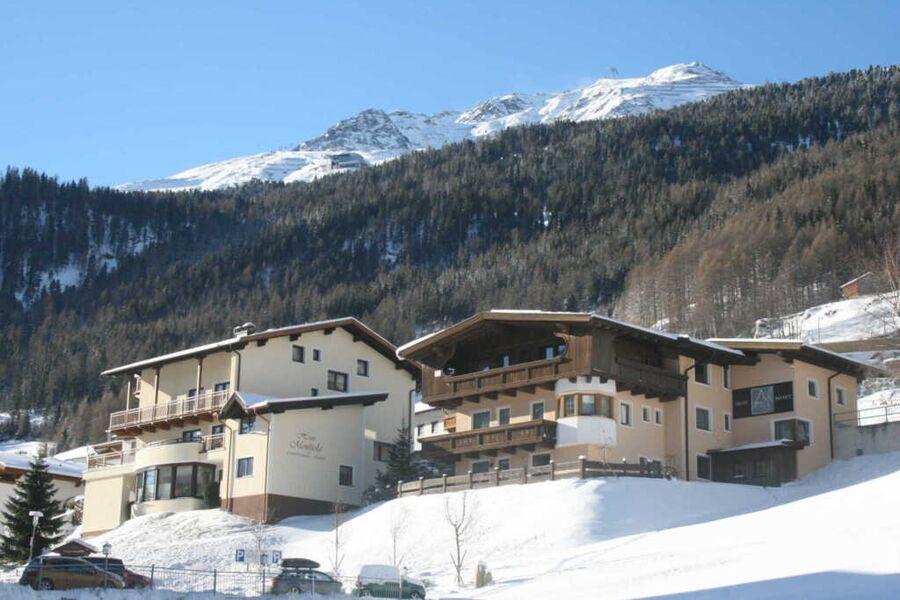 A Casa Juwel, Winteransicht
