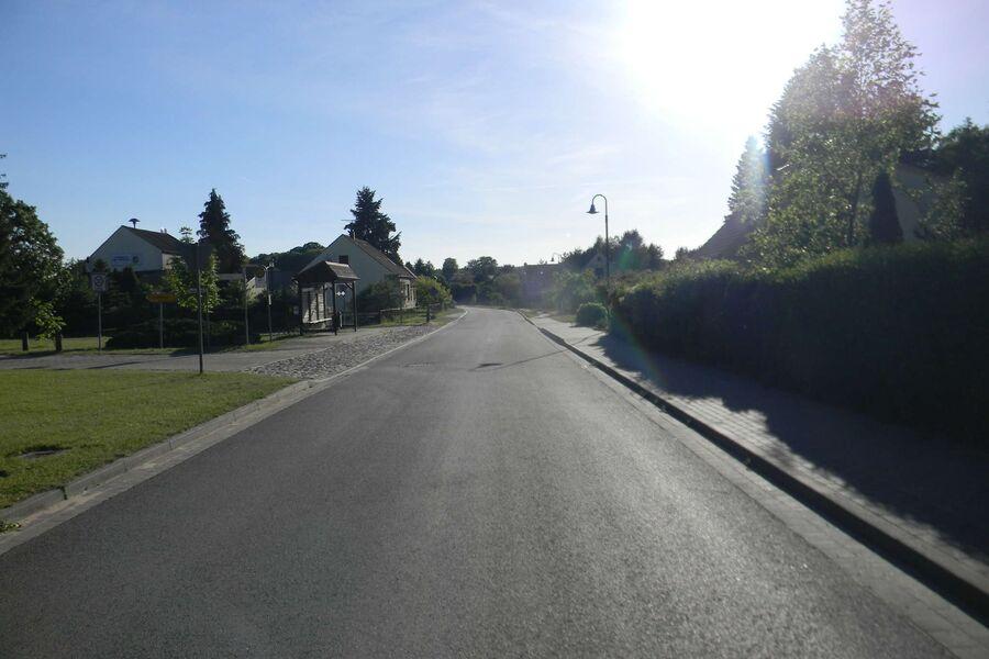 Ortseinfahrt Warthe