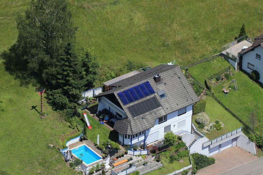 Unser Haus (Luftbild)