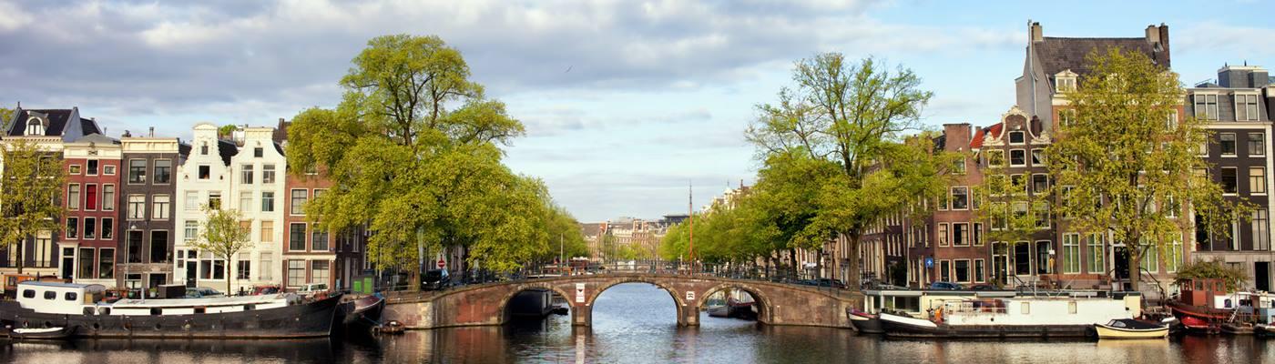 amsterdam grachten holland ferienhaus