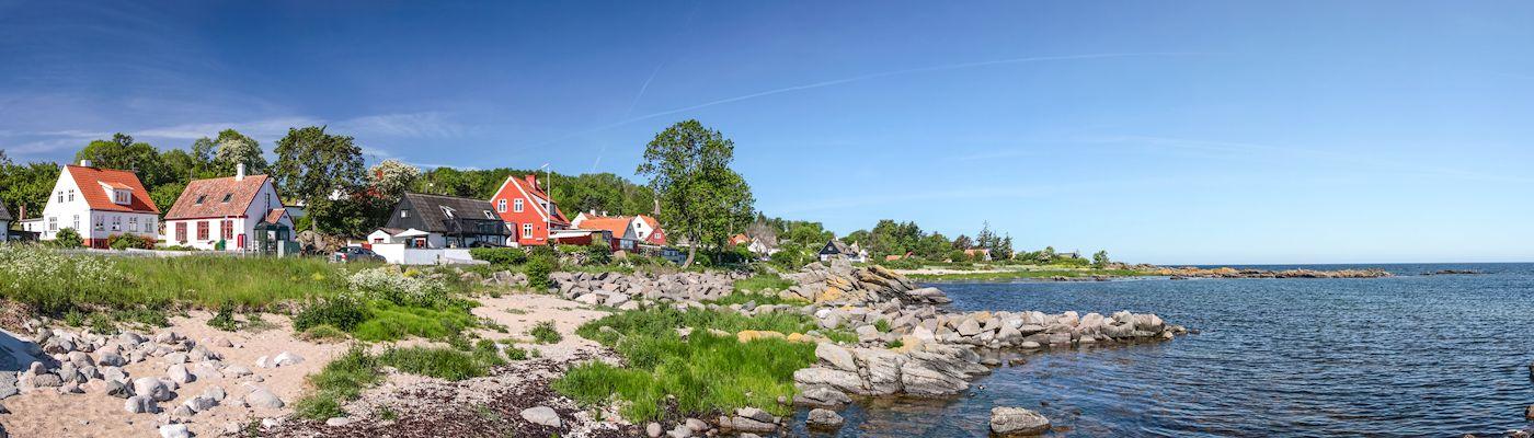bornholm ferienhaeuser strand