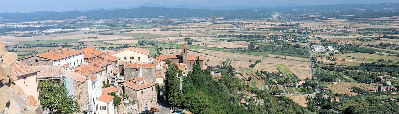 colline metallifere bergdorf ausblick