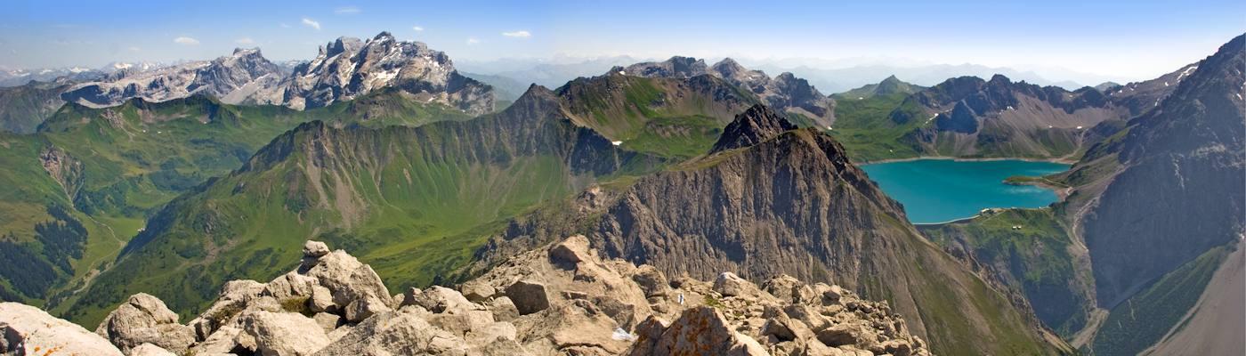 vorarlberg alpen berge bergsee oesterreich
